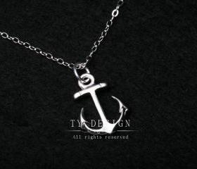 Anchor charm Necklac..
