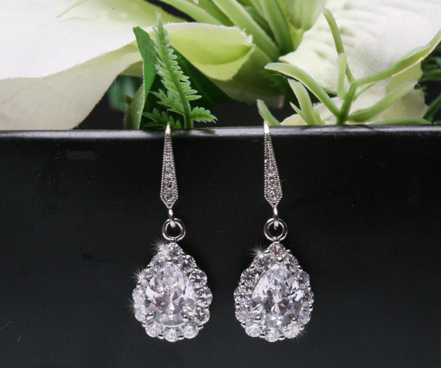 Bridal Earrings Cubic Zirconia Earrings,bridesmaid earrings,Teardrop cz earrings,dangle earrings,wedding jewelry,Cubic zirconia earrings
