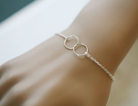 Best Friends Bracelet Circle Eternity Love Sisterhood Sterling Silver Wire Wred Wedding Jewelry Bridesmaid Gifts