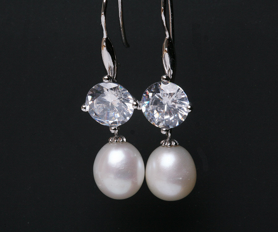 Bridal Earrings Cubic Zirconia Ear Wires,Pearl earrings,bridesmaid earrings,dangle earrings,wedding jewelry
