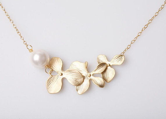 Orchid Flower Necklace,Gold filled necklace,Birthday,Bridesmaid gifts,Bridal jewelry,Flower Jewelry,flower girl