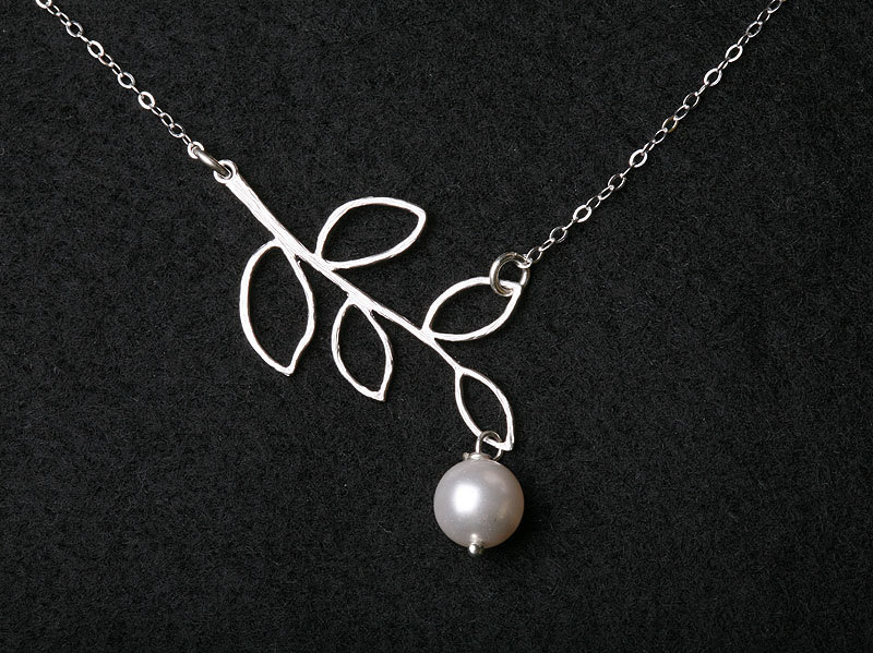 Silver Leaf Twig Branch and pearl on Sterling Silver necklace,wedding jewelry,everyday jewelry, bridesmaids gift, fall wedding