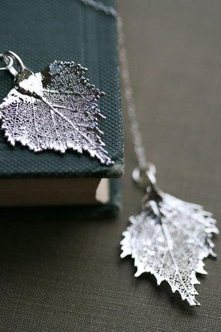 Double Birch leaf lariat,Real leaf necklace,mother jewelry,birthday gift,two leaf friend gift,bridesmaid gift,anniversary gift,nature charms