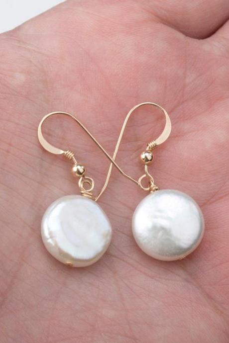 Classic Coin Pearl Earrings,Wire wrapped flat Pearl Earrings,Best Friend gift,graduation gift,Everyday Jewelry,custom jewelry card