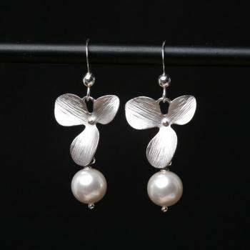 Orchid flower and pearl earrings,Sterling Silver Earrings, Wedding jewelry Birthday Bridesmaid gifts,birthday gift, mothers