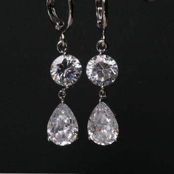 Bridal Earrings Cubic Zirconia Earrings,TEardrop cz earrings,bridesmaid earrings,dangle earrings,wedding jewelry,Cubic zirconia earrings