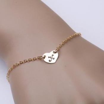 Gold Heart initial,Heart bracelet,custom Initial 14k gold filled bracelet,anniversary gift,wedding jewelry,mother jewelry